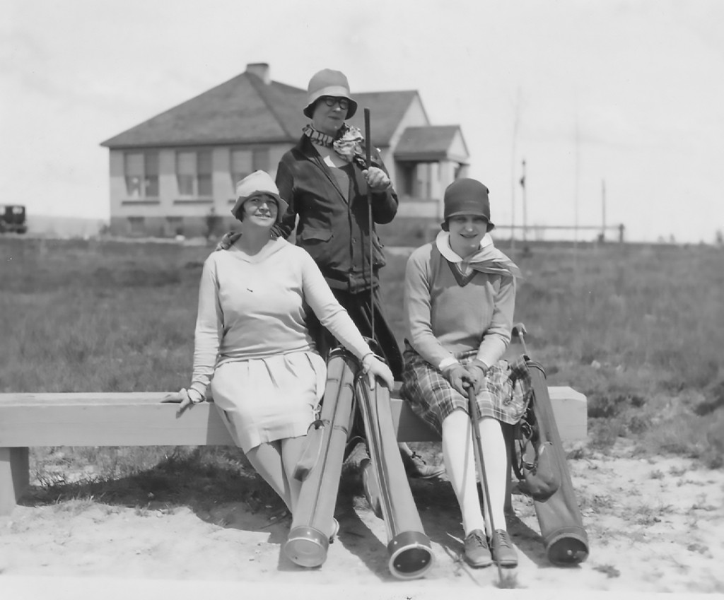 215-Miriam-Corthell-Moreland-on-left-Old-Country-Club